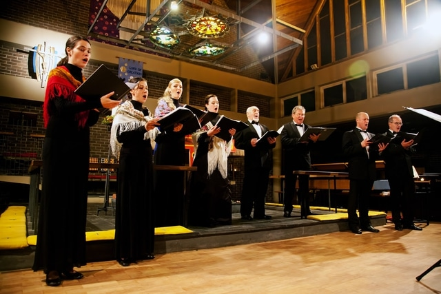 """Voskresenije"" (Resurrection) Russian Choir - St. Mary's Church Portchester Music Events"