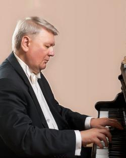 International Piano: Victor Ryabchikov - Festival of Chichester